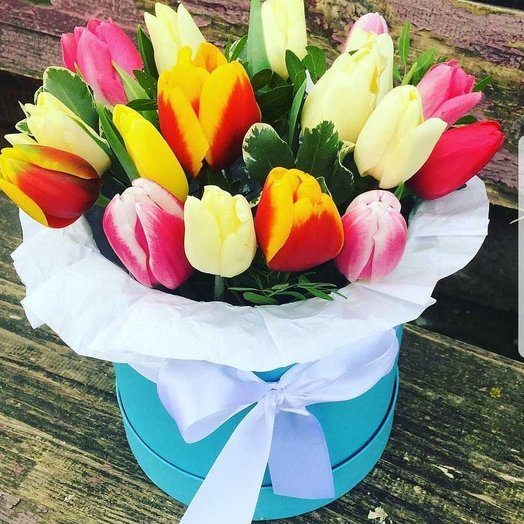 Микс из тюльпанов: букеты цветов на заказ Flowwow