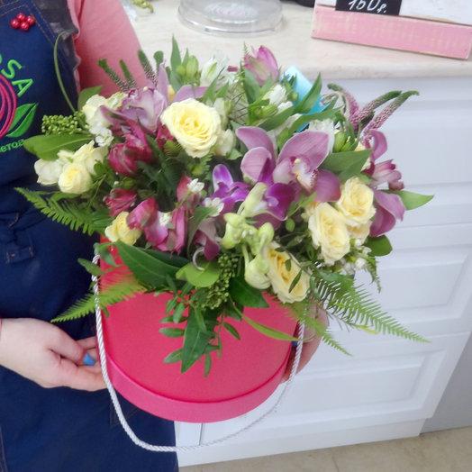 Шляпная коробка 7: букеты цветов на заказ Flowwow