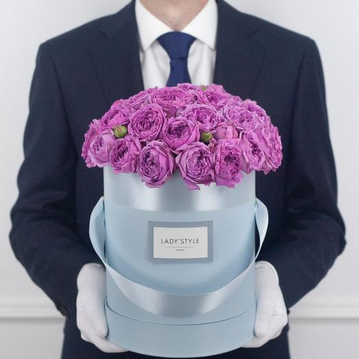 Кустовая роза Misty Bubbles в шляпной коробке M