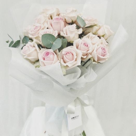 Букет нежно-розовых роз: букеты цветов на заказ Flowwow