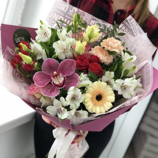 Изящный ассорти букет: букеты цветов на заказ Flowwow