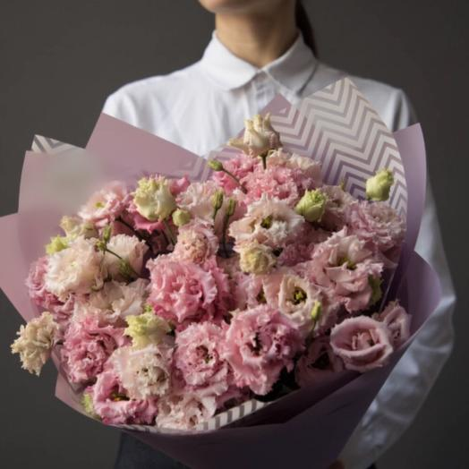 Букет из лизиантуса Алиса: букеты цветов на заказ Flowwow