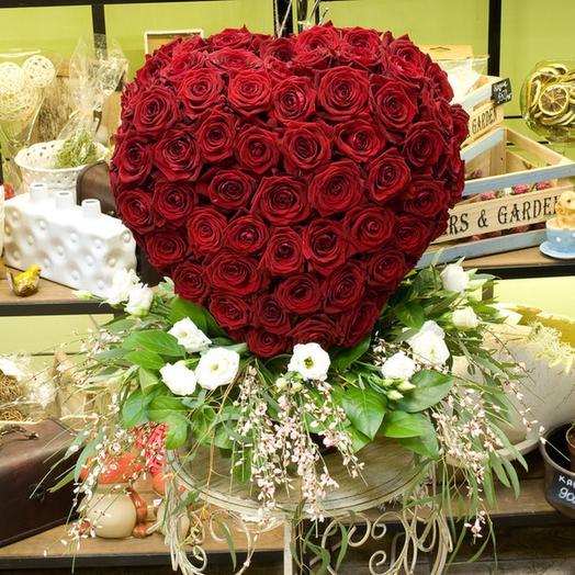 "Композиция из роз ""Пламя страсти"": букеты цветов на заказ Flowwow"