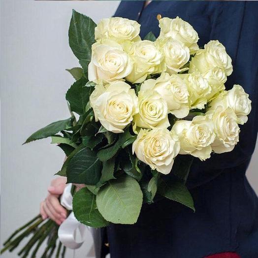 15 белых роз Мондиаль: букеты цветов на заказ Flowwow