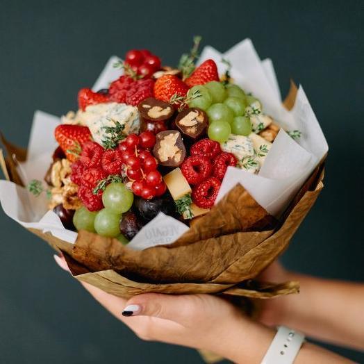 Ариадна: букеты цветов на заказ Flowwow