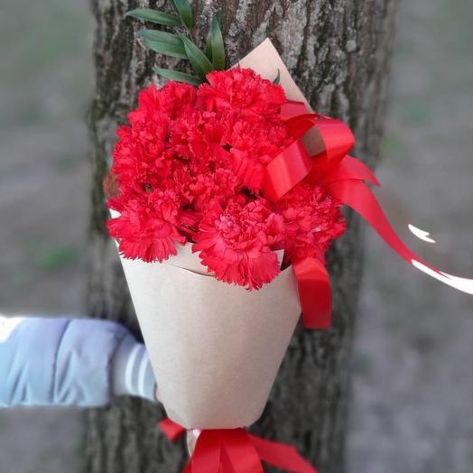 9 гвоздик: букеты цветов на заказ Flowwow