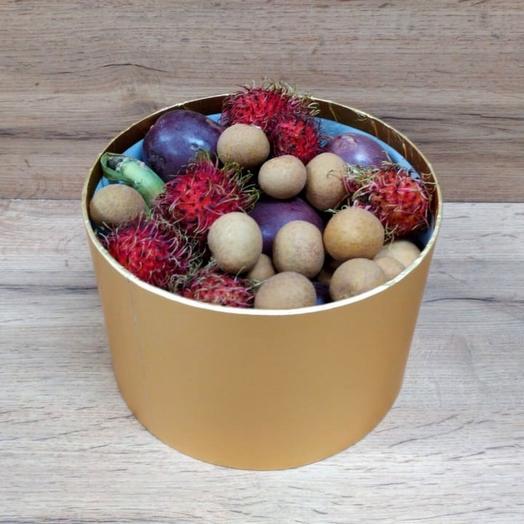 Ассорти в шляпной коробке (1.5 кг): букеты цветов на заказ Flowwow
