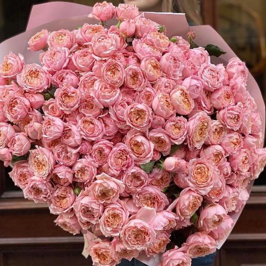 Букет пионовидных роз «Изабелла»