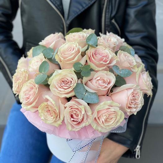 Коробка из роз История любви