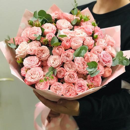 Пионовидные розы «Бомбастик»