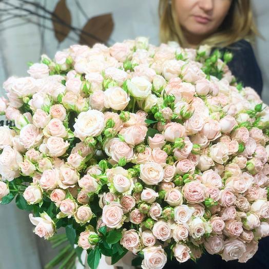 Букет из кустовых роз (Бомбастик)