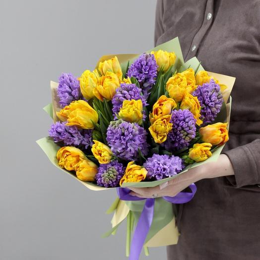 Букет из пионовидных Тюльпанов и гиацинтов