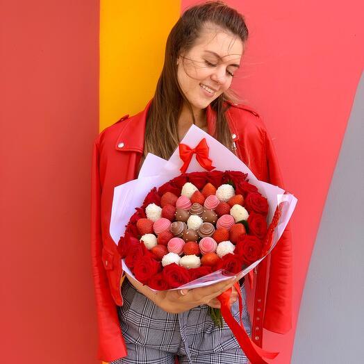 Цветы и ягоды 😋