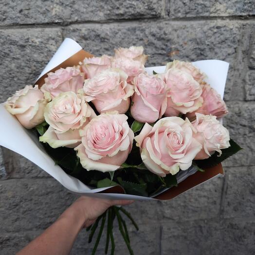 Букет нежнейших роз Пинк мондиаль