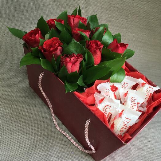 Роза с Раффаэлло