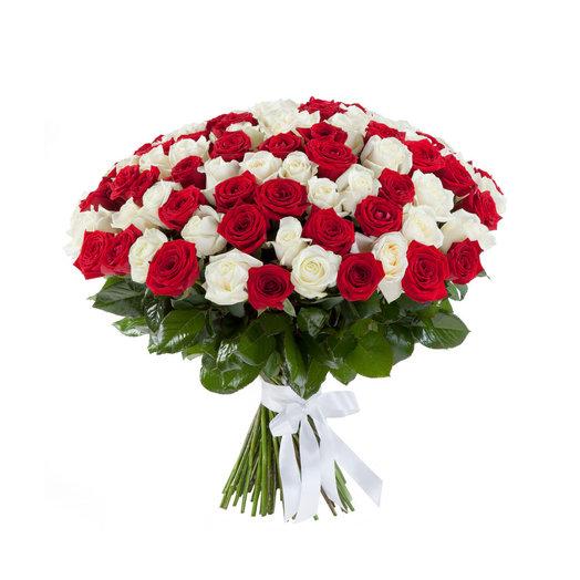 Букет из 101 красной и белой розы: букеты цветов на заказ Flowwow