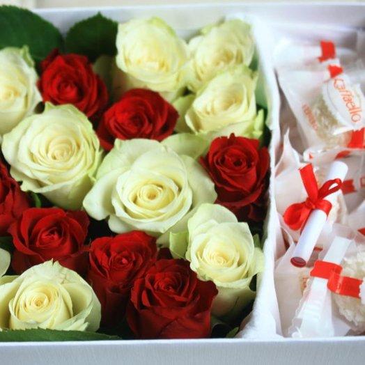 Цветы в коробке 8: букеты цветов на заказ Flowwow