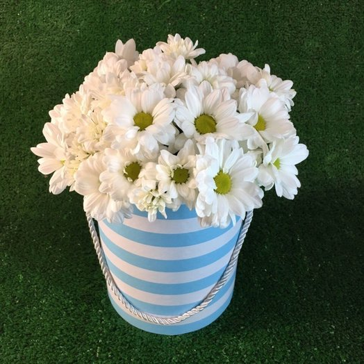 Композиция с ромашками: букеты цветов на заказ Flowwow