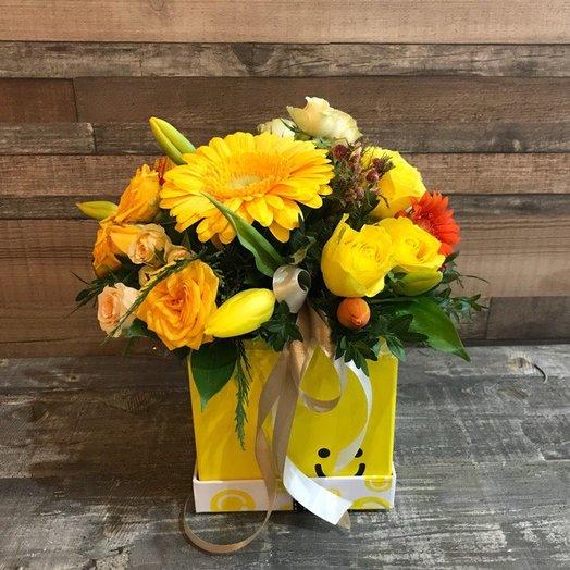 """Коробочка """"Улыбайся!"""": букеты цветов на заказ Flowwow"""