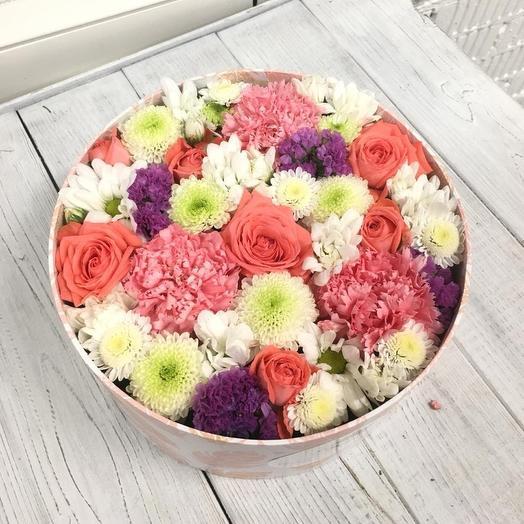 Цветочный торт: букеты цветов на заказ Flowwow