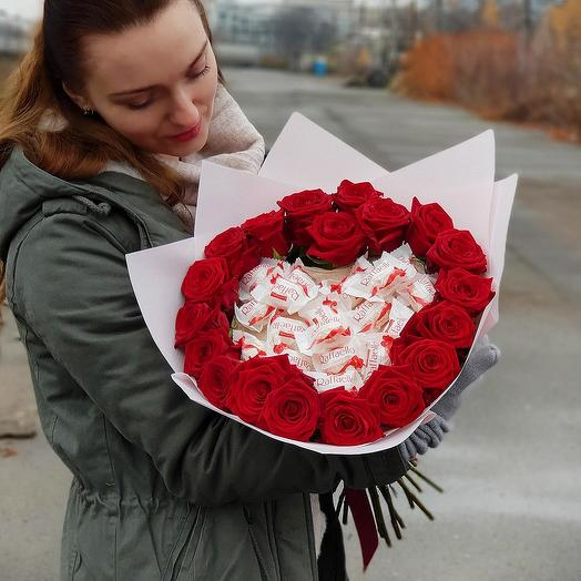 """Большой букет из красных роз """"Сладкое сердце"""""""