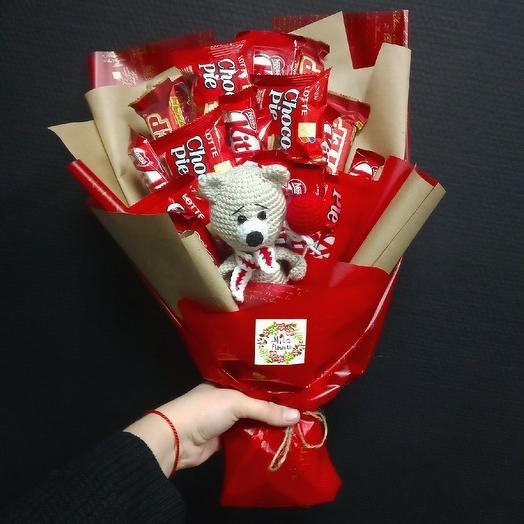 Букет с мишкой: букеты цветов на заказ Flowwow