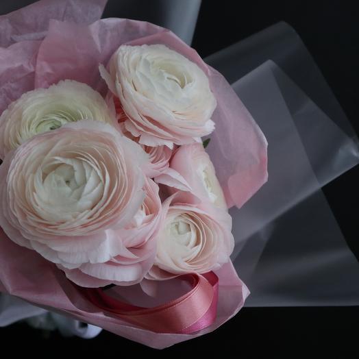Букет из рунункулюсов: букеты цветов на заказ Flowwow