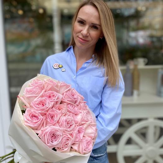 Букет из 21 шт. пионовидной розы