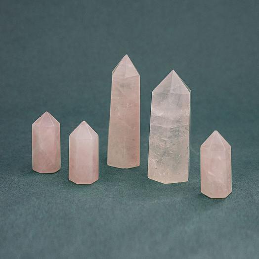 Розовый кварц (малый остроконечный генератор)