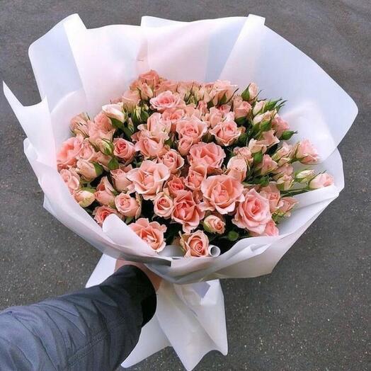 Монобукет с кустовой розой Персик