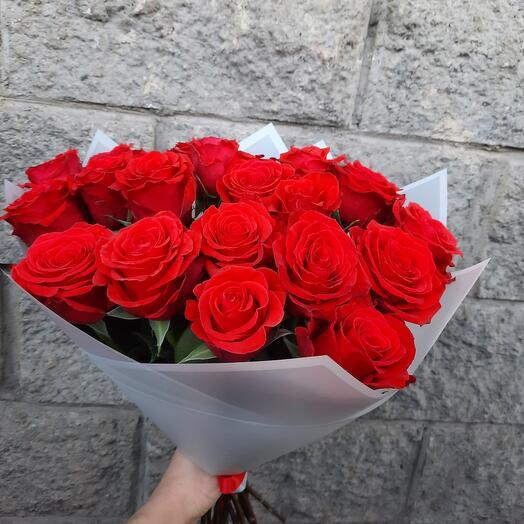 Букет великолепных роз Нина