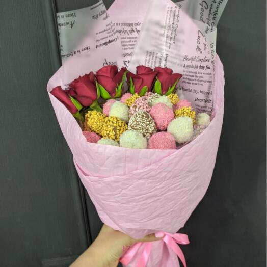 Букет Роз и Клубники
