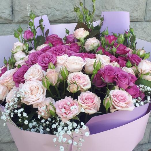Букет из кустових  роз
