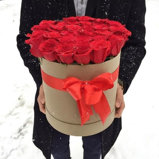 Шляпная Коробка VIP: букеты цветов на заказ Flowwow