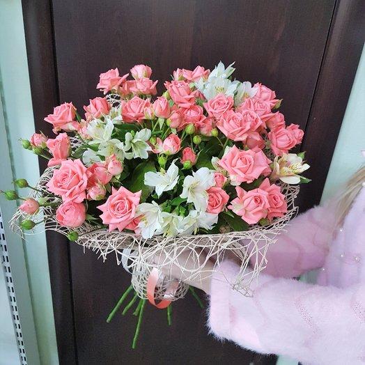 Кустовая роза с альстромерией: букеты цветов на заказ Flowwow