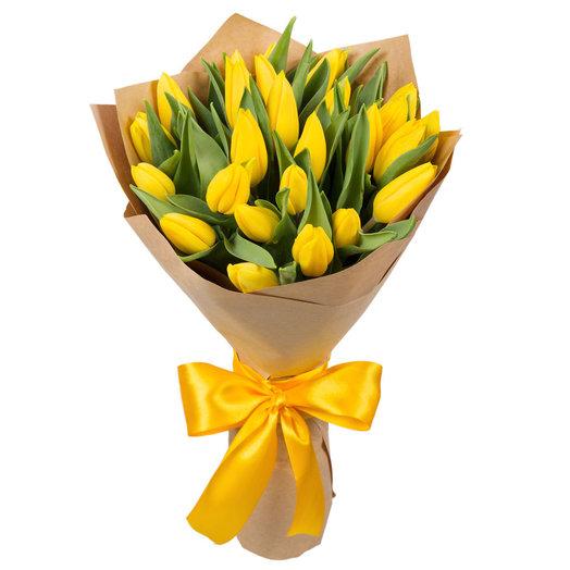 25 желтых тюльпанов: букеты цветов на заказ Flowwow