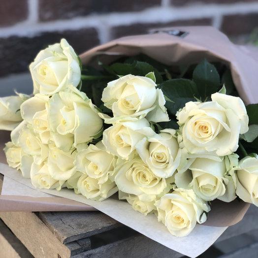 Букет белых роз: букеты цветов на заказ Flowwow