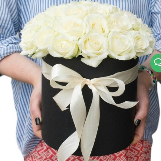 29 роз в шляпной коробке : букеты цветов на заказ Flowwow