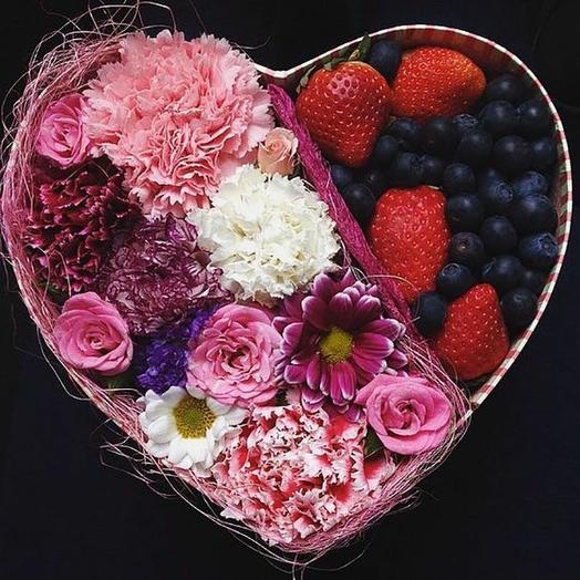 Комплектация: букеты цветов на заказ Flowwow