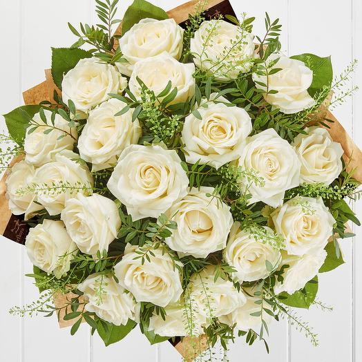 25 white roses: flowers to order Flowwow