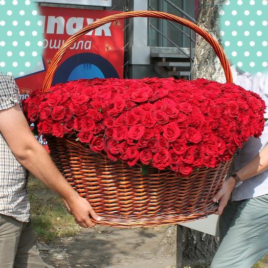 751 роза: букеты цветов на заказ Flowwow