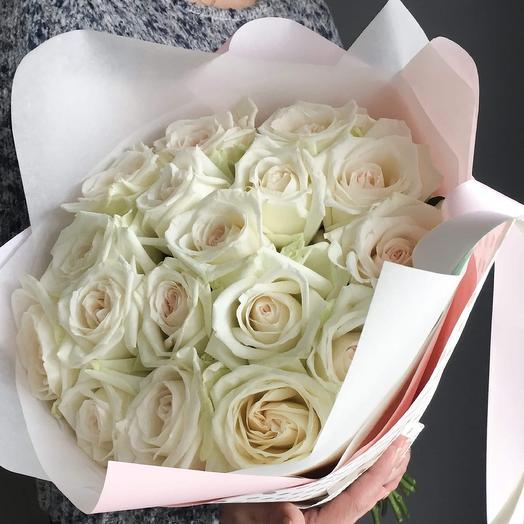 Букет 19 роз Вайт ОХара: букеты цветов на заказ Flowwow