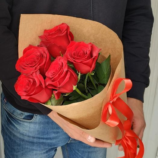 5 Алых роз