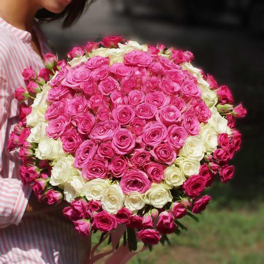 Сердце из роз Мон Амур
