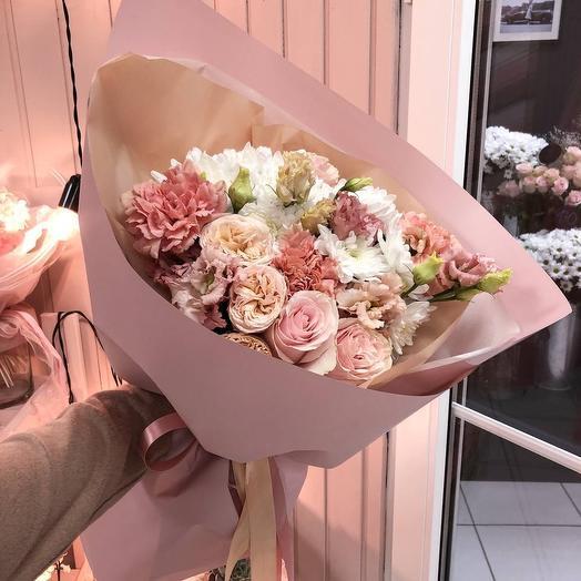 Букет Роз, Хризантем и Эустом