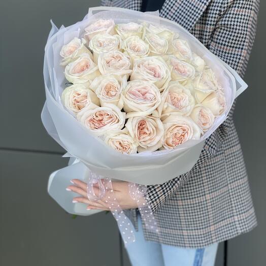 Букет Охара из 25 одноголовых пионовидных роз