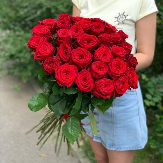 31 красная роза RedNaomi