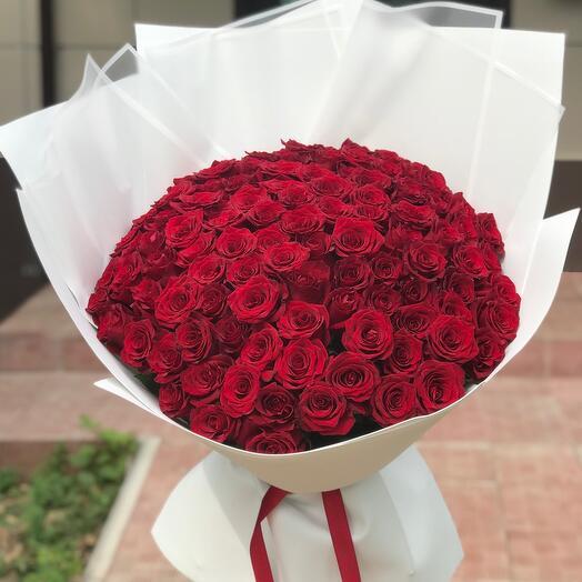 Шикарная 101 роза