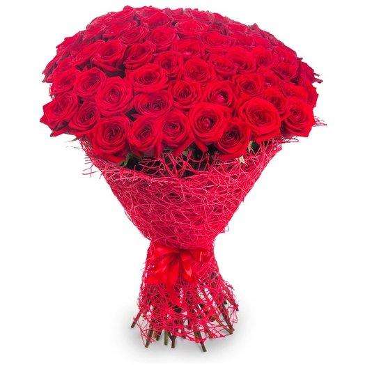 75 красных роз: букеты цветов на заказ Flowwow