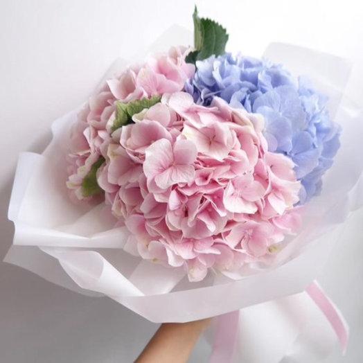 Облако гортензий: букеты цветов на заказ Flowwow